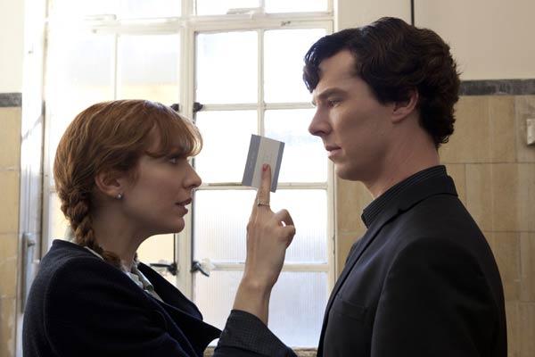 Sherlock-The-Reichenbach-Fall--promo-pics-batch(8)