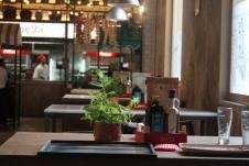 Sencillez y buen gusto en el restaurante