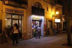 Plaça Osca, bares y vida
