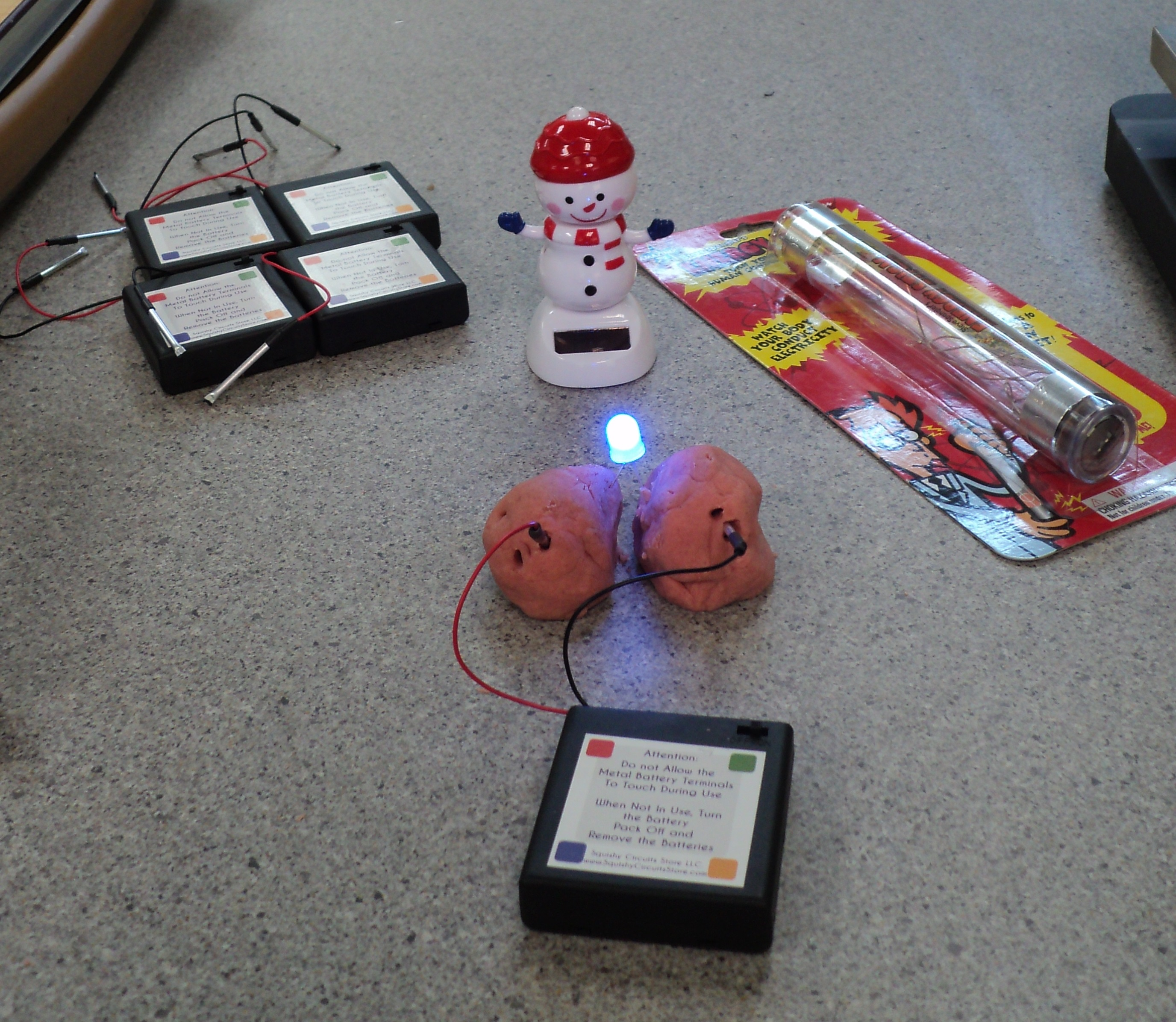 Electric Circuit School Project Http Imagineeringorguk Clubs