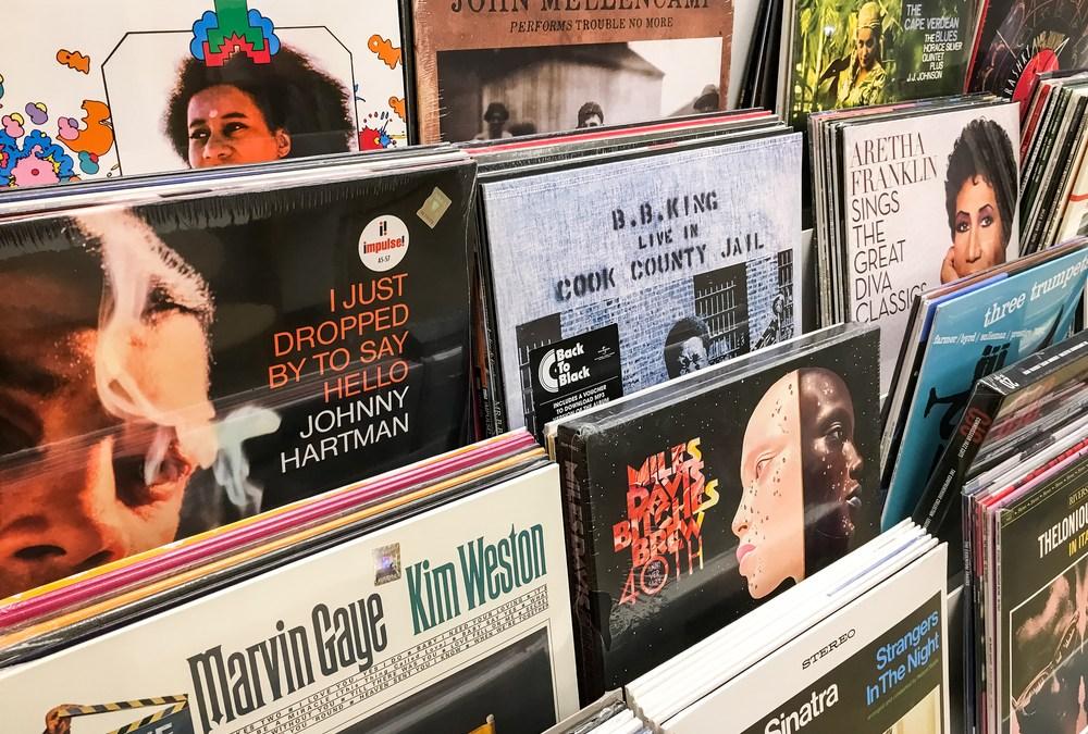 New Music Store '2 Bridges' Opens
