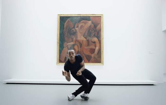 Lil Buck dancing in Fondation Louis Vuitton