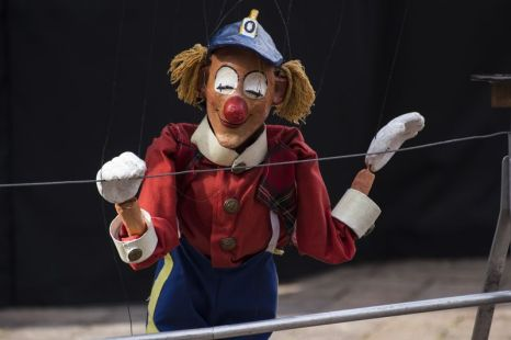 Carles Canellas performs using puppets on 7 July 2015 at the National Arts Festival. With 38 years of professional experience Carles Canellas, Dean of the Catalan puppeteers, is considered by international critics as one of the most skilled European puppeteers. (Photo: CuePix/ Amanda Horsfield)
