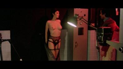 Strip Nude - cap 6
