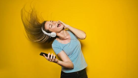 Beberapa Manfaat Kesehatan Menikmati Electronic Dance Music