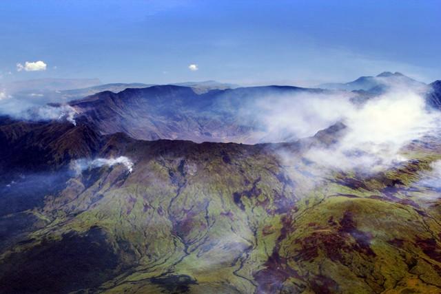 Caldera del monte Tambora (Crédito: Jialiang Gao, Wikipedia)
