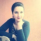 Fotografia de profil a Elenei Liliana Sumedrea