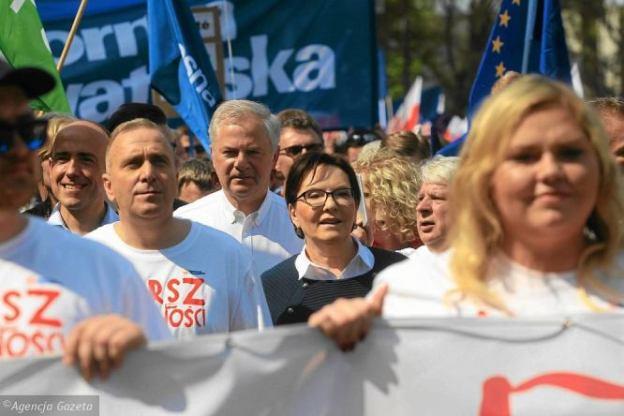 z21773879V,Marsz-Wolnosci-w-Warszawie