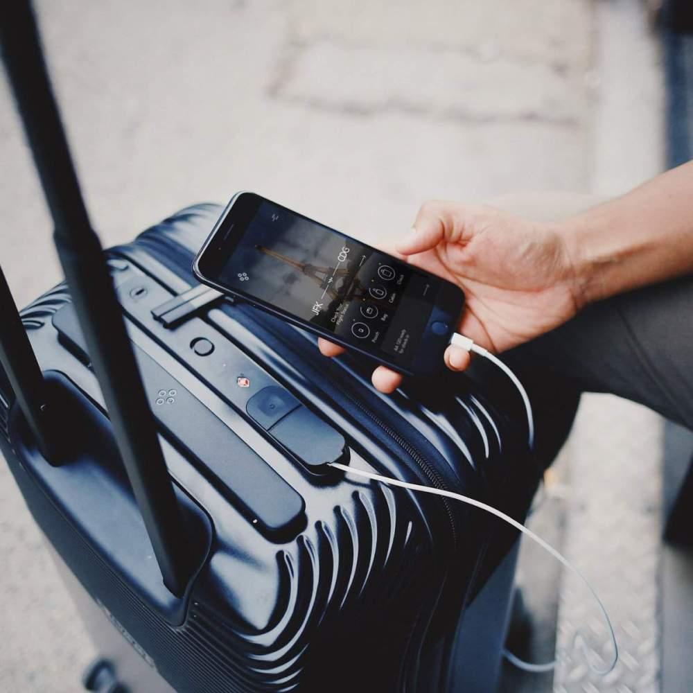 74372fff1 Las valijas Bluesmart Serie 2 se adquieren a través de Indiegogo, donde se  ofrecen importantes descuentos en comparación con las cadenas de retail, ...