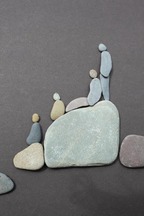 Sharon Nowlan sencillas esculturas piedras 8