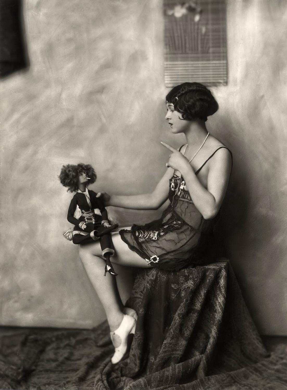 Alfred Cheney Johnston Ziegfeld Follies vintage32