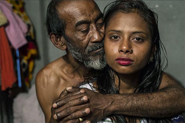 Sandra Hoyn burdel Bangladesh