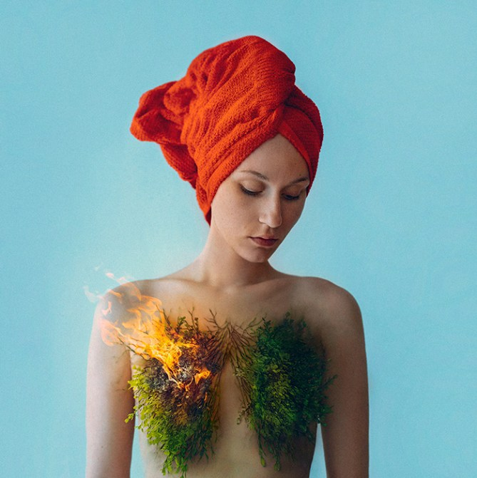 The surreal world of Flora Borsi9