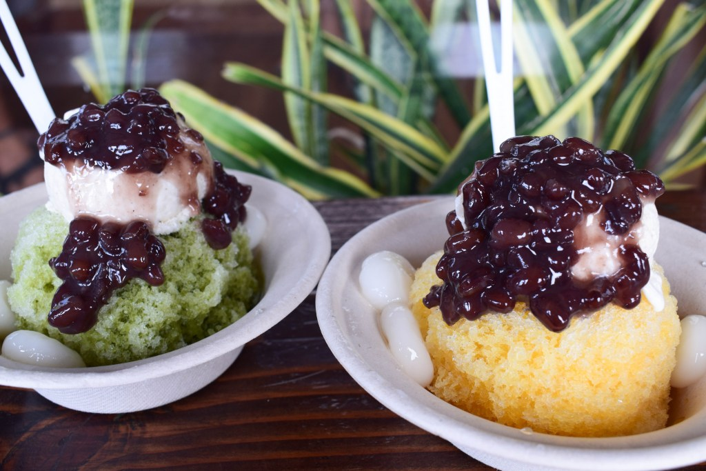 Shave ice at Uncle Clay's House of Pure Aloha, Oahu, Hawaii