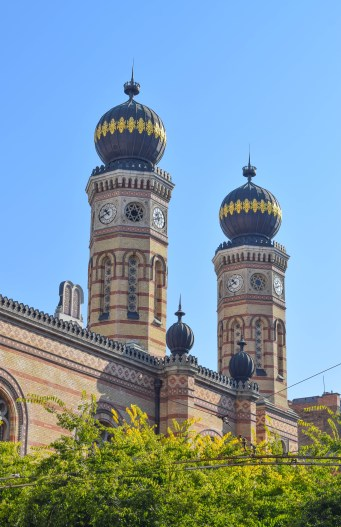 An ornately designed Synagogue