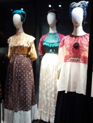 CLD2017-Museo-Frida_CasaAzul_Vestido