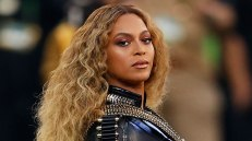 "Perez Hilton's Daily Update: Beyonce Will Celebrate Her Birthday With A ""Soul Train"" Themed Party « New Music, Music News, Concerts, Gossip – 97.1 AMP RADIO amp.cbslocal.com"