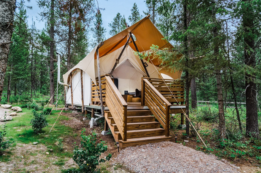 CulturallyOurs Luxury And Unique Glamping In The US - Under Canvas Yellowstone