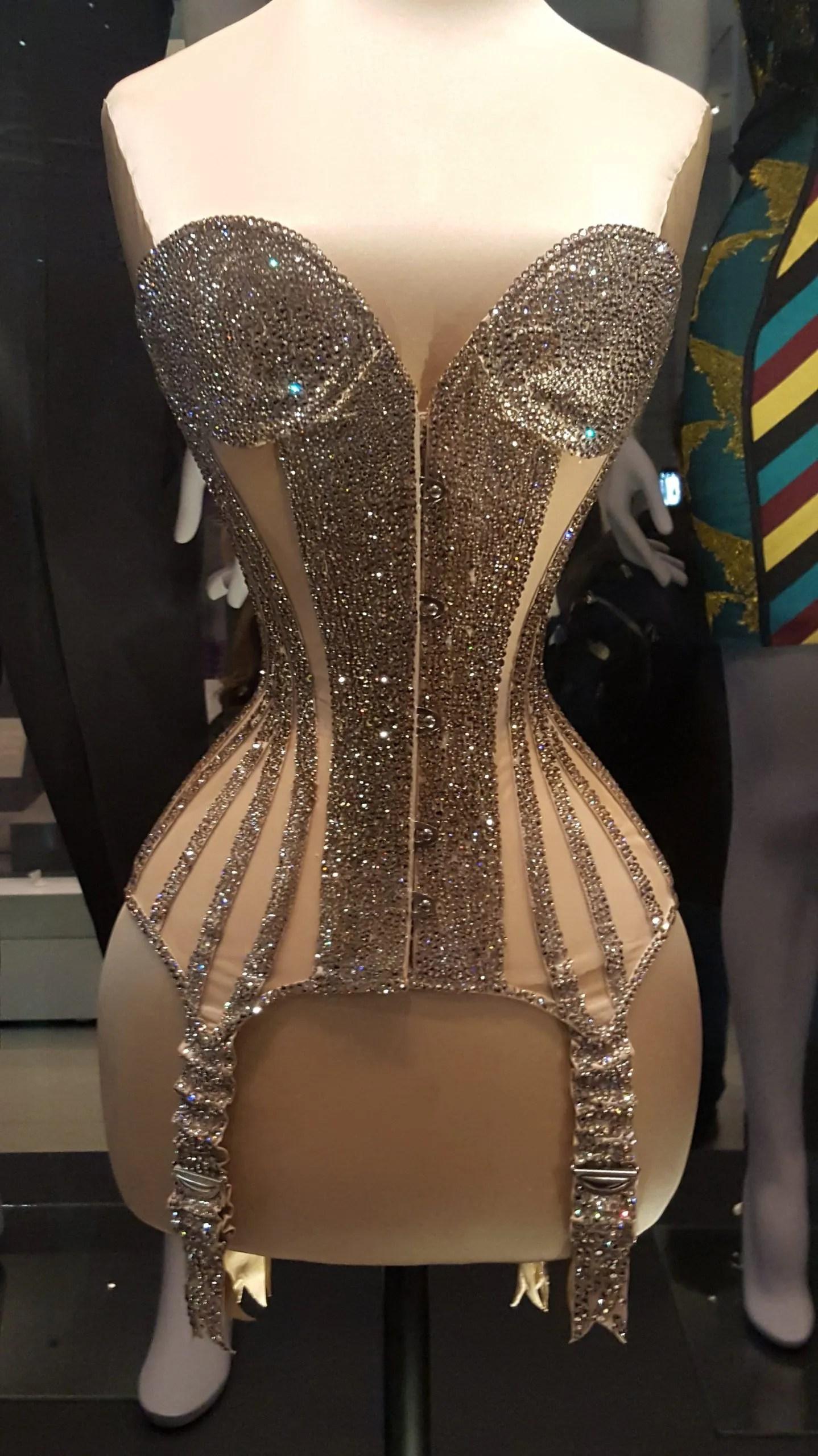 Dita_von_Teese corset Undressed