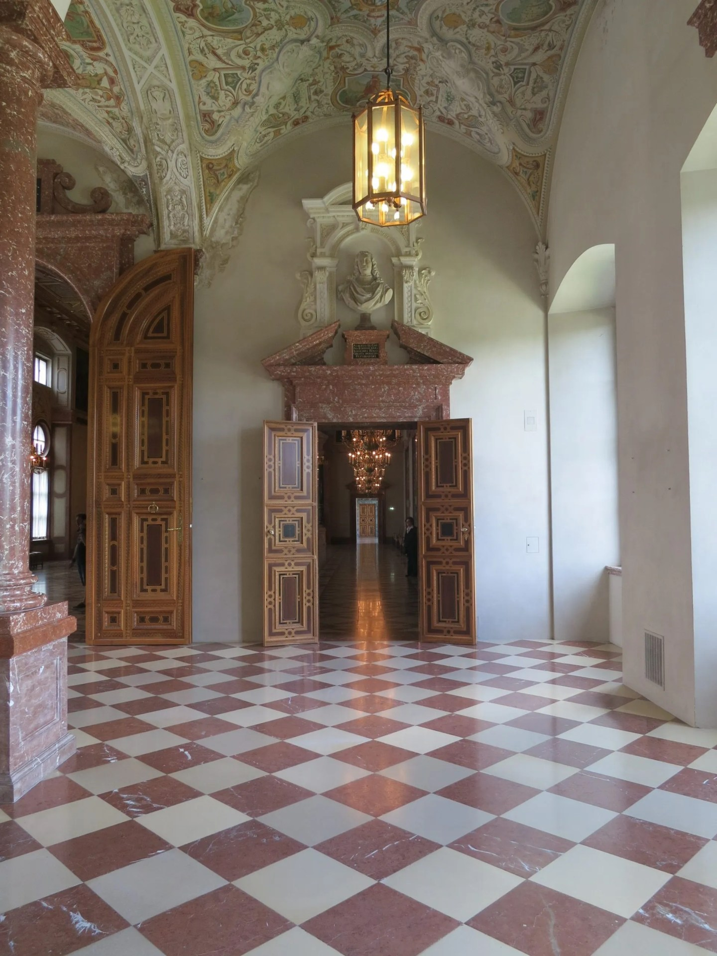 doors of the munich residenz catherine 39 s cultural wednesdays. Black Bedroom Furniture Sets. Home Design Ideas