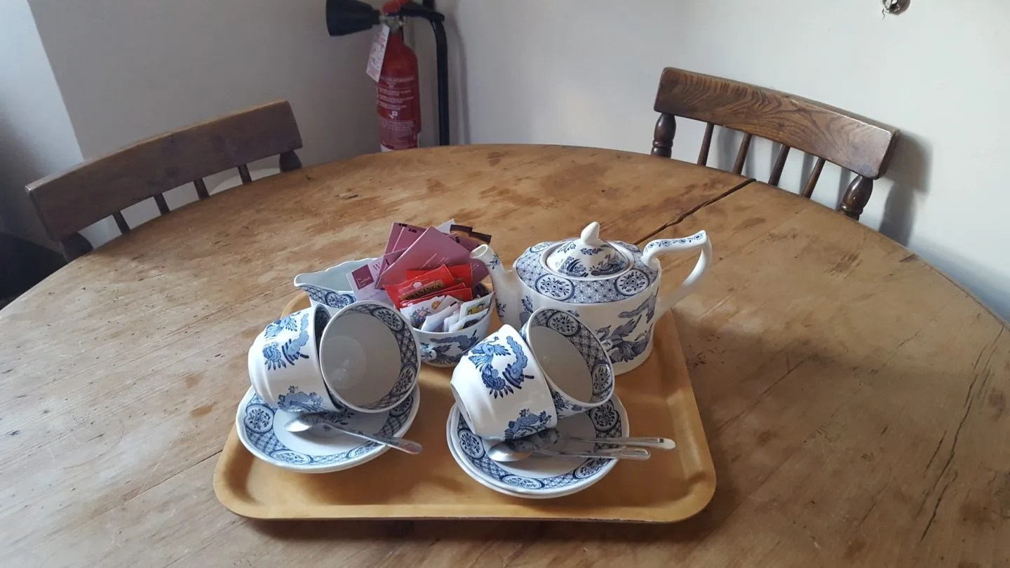 Old Chelsea tea set