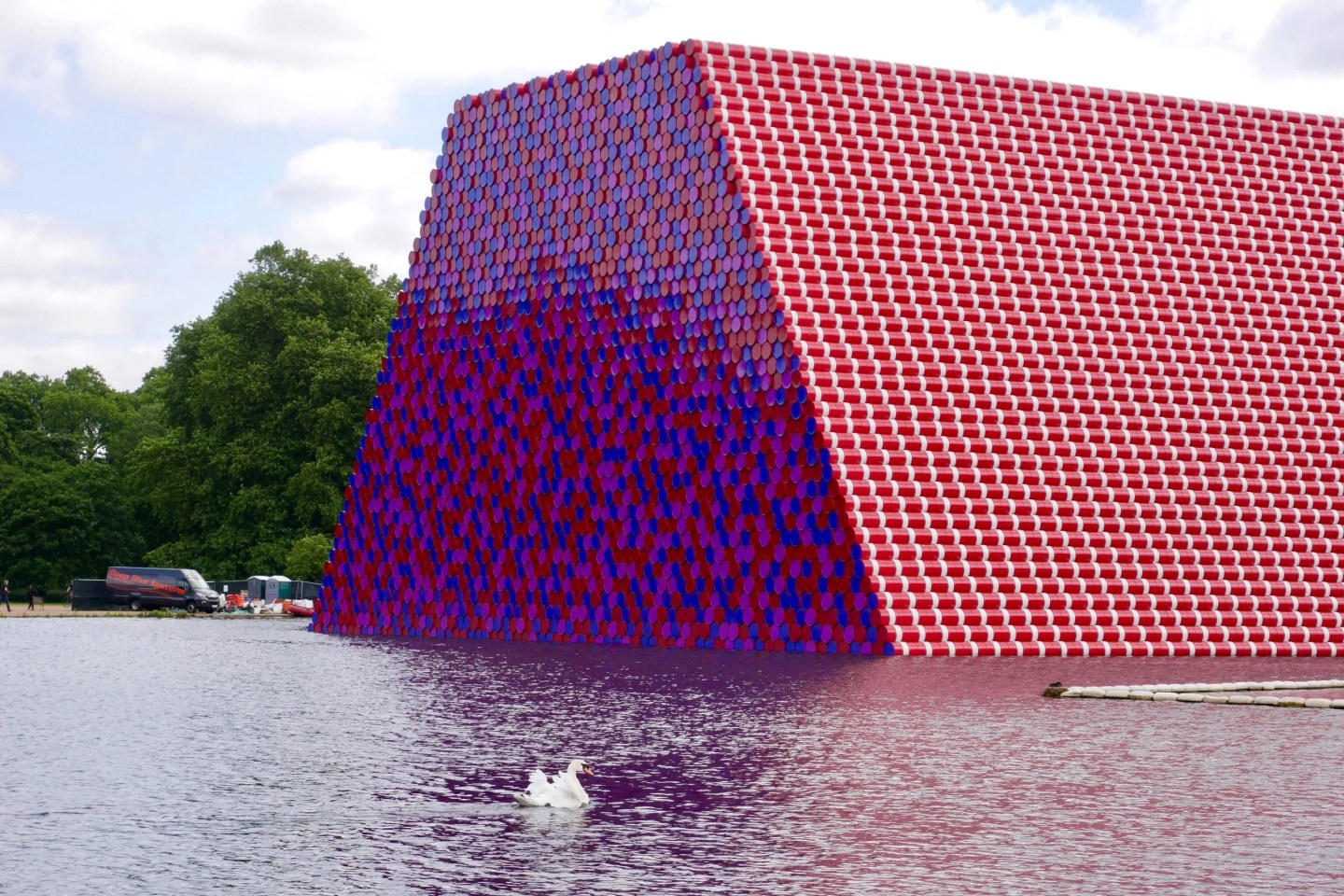 Christo London Mastaba Serpentine Hyde Park