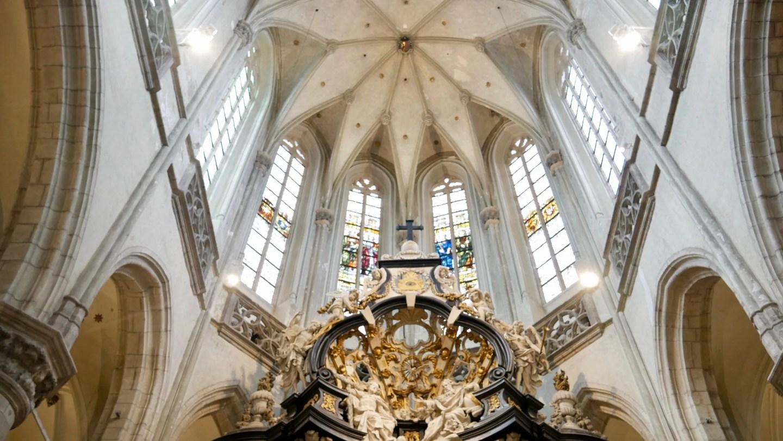 St Jabobskerk Antwerp alter