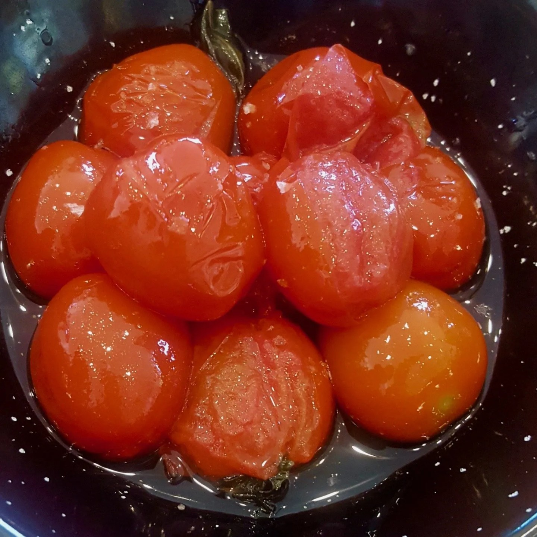 Valles Orientales Tomatoes