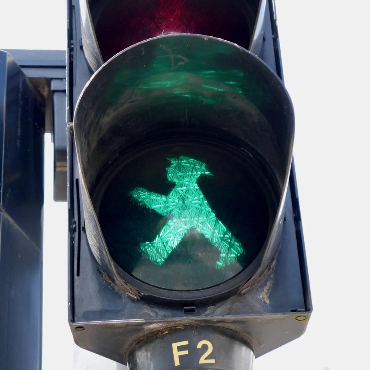 Green Ampelmannchen Berlin