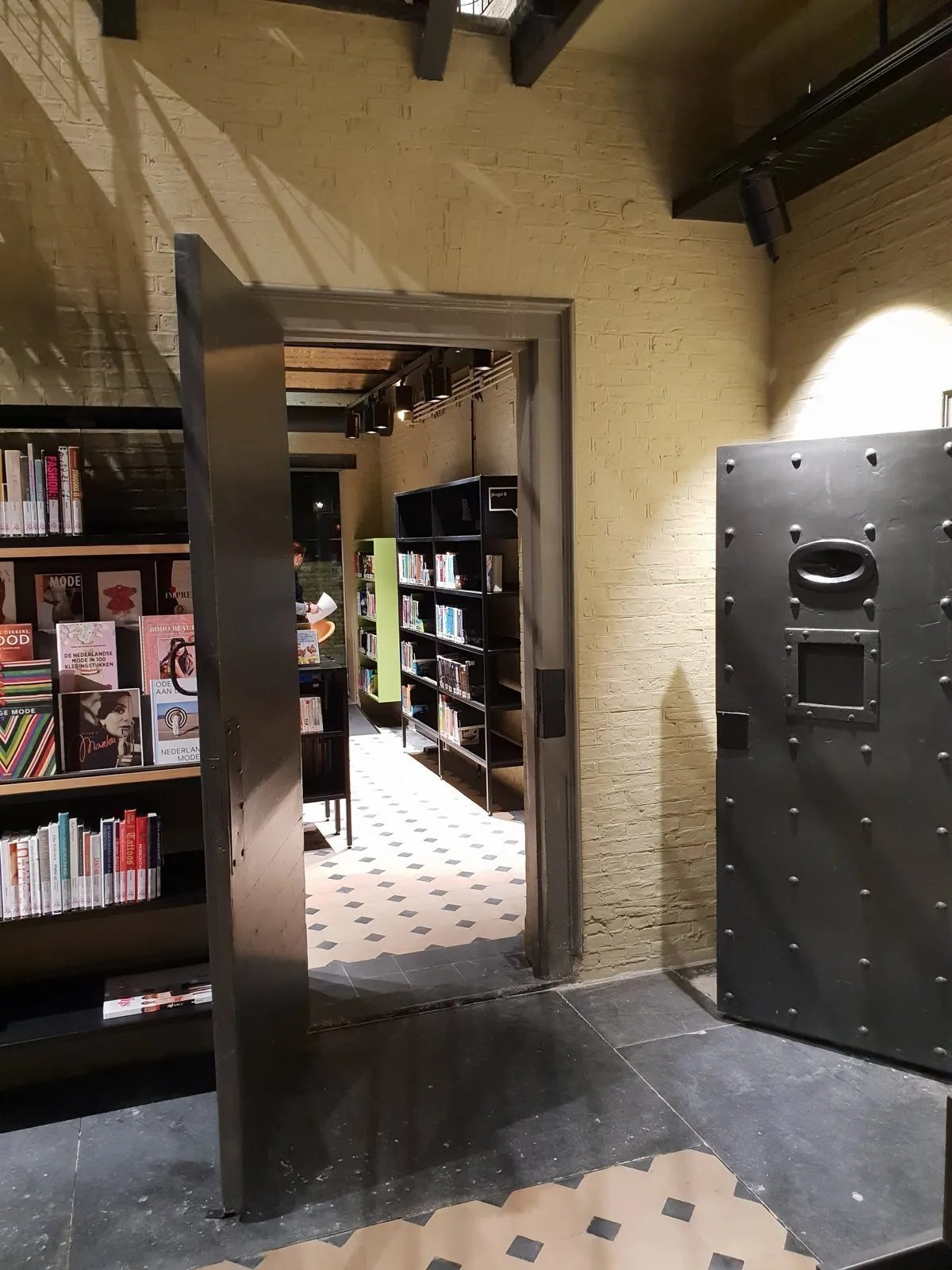 blokhuispoort Library Leeuwarden