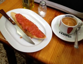 Pan con tomate, Madrid cafe-style (Thomas Rees)