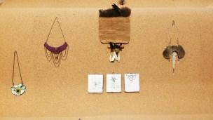 Smykkene er inspirert av Get-Native-bevegelsen. Foto: fra utstillingen. Siri Wolland