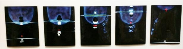 Sidsel Paaske, Skrifttegn for berøring. 1975. Emalje. Foto: fra utstillingen. Siri Wolland.