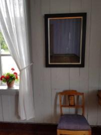 Ida Lorentzens malerier på Nyfossum gård. Foto: Siri Wolland