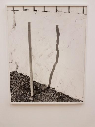 Dag Alveng, Skygge av pinne, 2013. Foto fra utstillingen: Siri Wolland