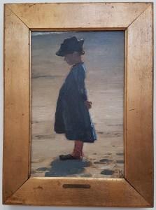 PS Krøyer, Lille pige stående på Skagen Sønderstrand, 1884. Foto fra utstillingen; Siri Wolland.