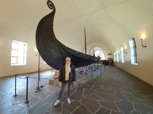 På plass i museet! Foto Theo Blomberg