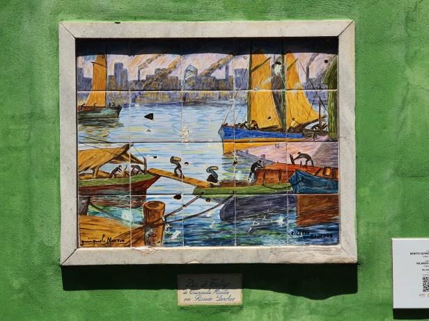 Gatebildene forteller historien. La Boca, fargerik bydel i Buenos Aires. Foto Siri Wolland.