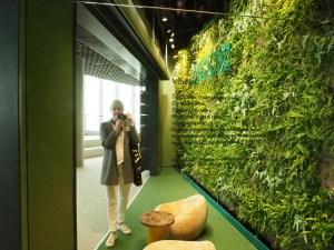 Bloggeren i Deichman Bjørvika, av arkitektene Lund Hagem og Atelier Oslo, 2020. Foto Siri Wolland.