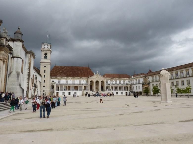Algunos profesores de la Universidad de Coimbra también formaron parte de la Escuela de Salamanca. Fuente: Pixabay.