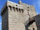 A. Trono: torre quadrata torrione di Avetrana