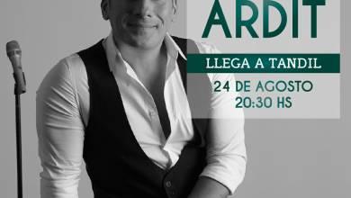 Photo of Ariel Ardit en el Salón Danes