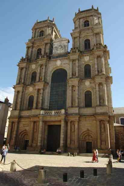 Rennes_-_Cathédrale_Saint-Pierre_120908-01