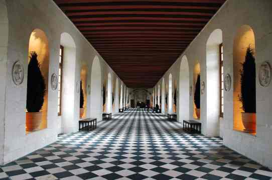 1280px-ChateaudeChenonceauGalerie