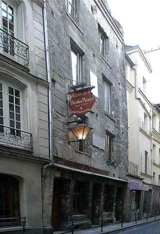 800px-Paris-Auberge-Flamel.JPG