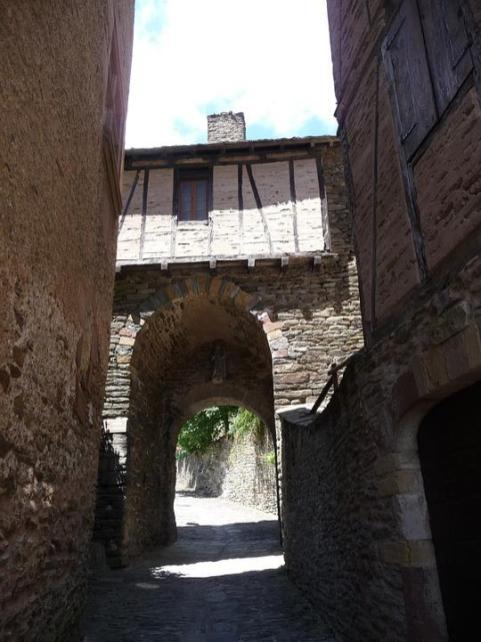 village-of-conques-602826_960_720