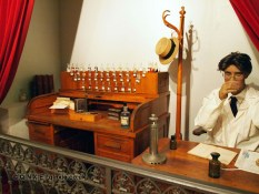 Old perfumer, Molinard, Grasse