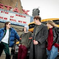 York's slacker rock outfit Bull share new single 'Bedroom Floor'