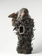 Dada Africa, Artiste inconnu, Statuette magique nkisi nkondi