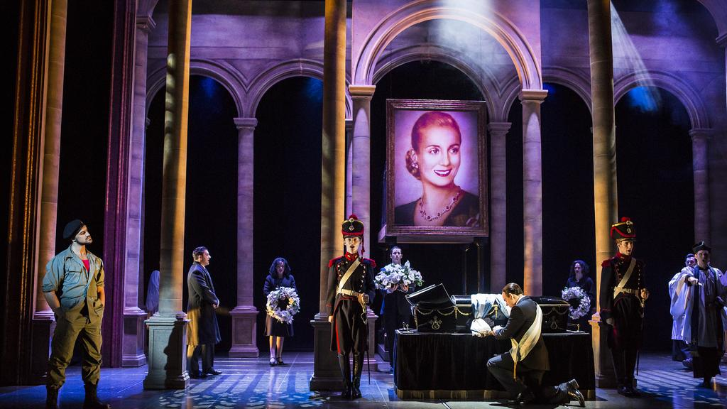 Review: Evita | Palace Theatre Manchester